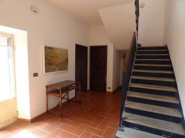 Villa Fronte Lago - San Mamete (15)