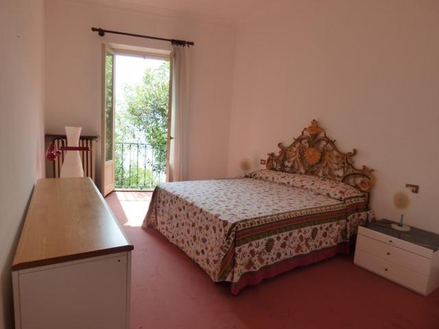 Villa Fronte Lago - San Mamete (20)