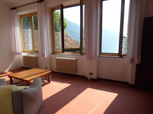 Villa Fronte Lago - San Mamete (27)