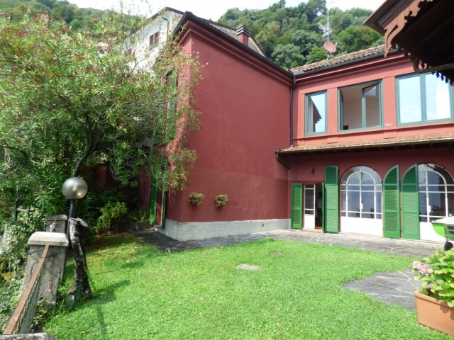 Villa Fronte Lago - San Mamete (37)