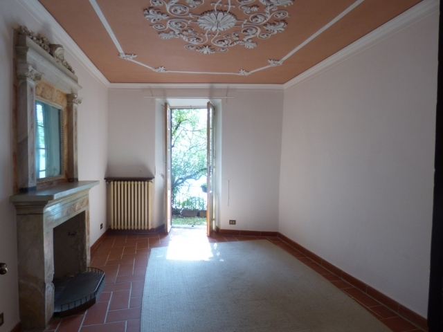 Villa Fronte Lago - San Mamete (9)