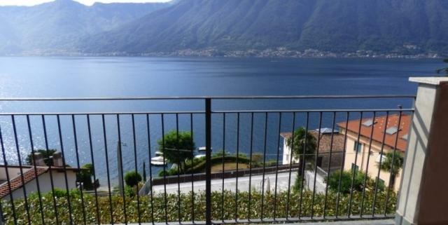 Sala-Comacina-Tremezzina-Villetta-con-piscina-e-vista-lago-MC085-23-1-770x386