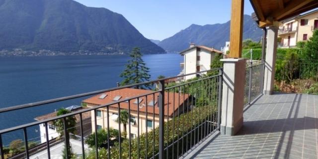 Sala-Comacina-Tremezzina-Villetta-con-piscina-e-vista-lago-MC085-27-1-770x386