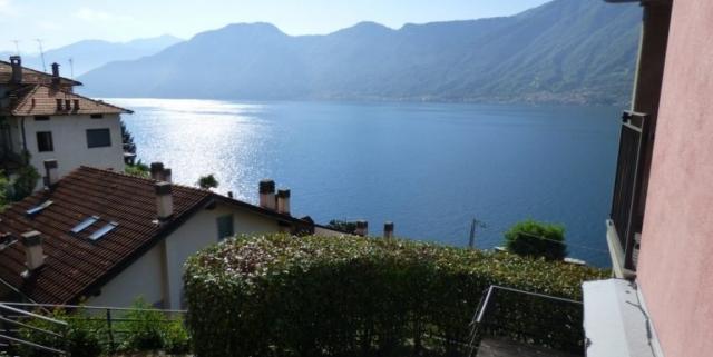 Sala-Comacina-Tremezzina-Villetta-con-piscina-e-vista-lago-MC085-5-1-770x386