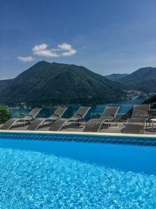 Villa Lilla stunning lake view pool