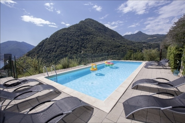 shared 12m lake view pool