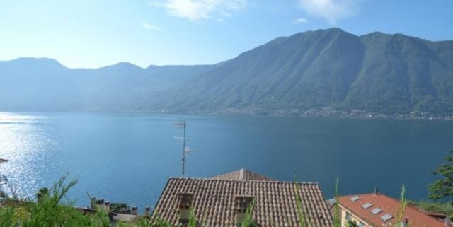 Sala-Comacina-Tremezzina-Villetta-con-piscina-e-vista-lago-MC085-1-1-770x386