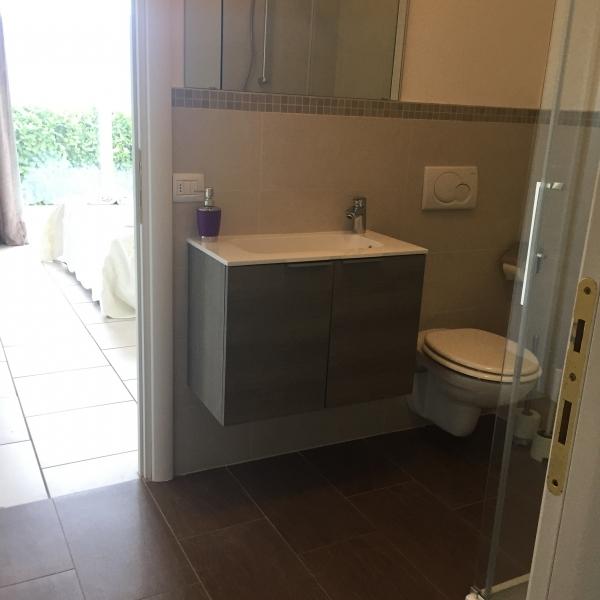 ground floor bathroom1